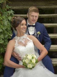 Hochzeitsfoto auf Treppe